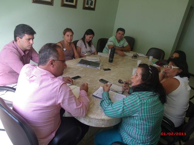 SIMMP discute pendências da rede com Secretário de Educação