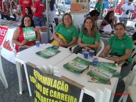 """SIMMP participa do movimento """"Educação na Praça"""""""